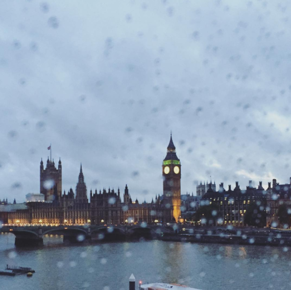 A rainy day in London looking at Elizabeth Tower, Big Ben